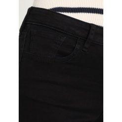 Armani Exchange Jeansy Slim Fit black denim. Czarne jeansy damskie marki Armani Exchange, l, z materiału, z kapturem. Za 379,00 zł.
