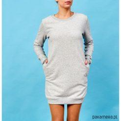 Szara sukienka dresowa. Niebieskie sukienki balowe marki Pakamera, z bawełny. Za 179,00 zł.