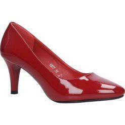 Czerwone czółenka lakierowane na niskim obcasie Sergio Leone 1377. Czarne buty ślubne damskie marki Sergio Leone. Za 88,99 zł.
