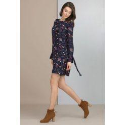 Tuniki damskie w kwiaty: Kwiatowa tunika w stylu boho