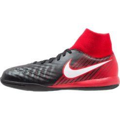 Nike Performance MAGISTAX ONDA II DF IC Halówki black/white/university red. Czarne buty skate męskie marki Nike Performance, z gumy, do piłki nożnej. W wyprzedaży za 181,35 zł.