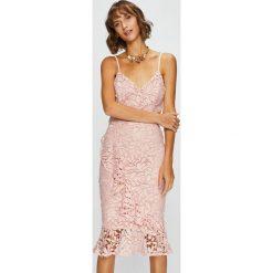 Answear - Sukienka. Szare sukienki koronkowe ANSWEAR, na co dzień, l, casualowe, midi, dopasowane. W wyprzedaży za 119,90 zł.