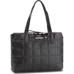 Torebka GUESS - HWBQ64 22150 BRD. Niebieskie torebki klasyczne damskie marki Guess, z materiału. Za 629,00 zł.