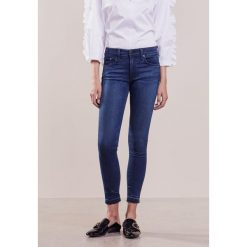Rag & bone CAPRI Jeans Skinny Fit ale. Niebieskie rurki damskie rag & bone. W wyprzedaży za 617,40 zł.