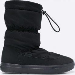 Crocs - Śniegowce. Różowe buty zimowe damskie marki Crocs, z materiału. W wyprzedaży za 239,90 zł.