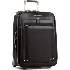 Mała Materiałowa Walizka PIQUADRO - BV2768LK Czarny. Czarne plecaki męskie Piquadro, z materiału, małe. W wyprzedaży za 1379,00 zł.