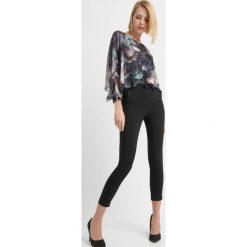 Odzież damska: Spodnie z wysokim stanem
