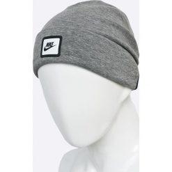 Nike Sportswear - Czapka. Szare czapki zimowe męskie marki Nike Sportswear, na zimę, z bawełny. W wyprzedaży za 69,90 zł.