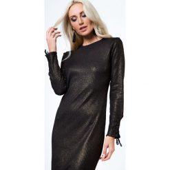 Sukienka midi dopasowana czarno-złota 6544. Czerwone sukienki marki Fasardi, l. Za 59,00 zł.