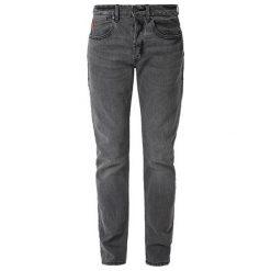 S.Oliver Jeansy Męskie 33/32 Ciemnoszary. Czarne jeansy męskie z dziurami S.Oliver. Za 299,00 zł.