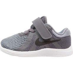 Nike Performance REVOLUTION 4 Obuwie do biegania treningowe dark grey/black/cool grey/white. Czarne buty do biegania damskie marki Nike Performance, l, z materiału. Za 129,00 zł.