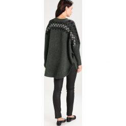 Swetry klasyczne damskie: Kaffe MYA Sweter dunkelgrün