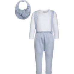 Chinosy chłopięce: Benetton SET  Spodnie materiałowe light blue