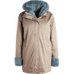 Płaszcze damskie pastelowe: Oakwood Płaszcz zimowy ice blue