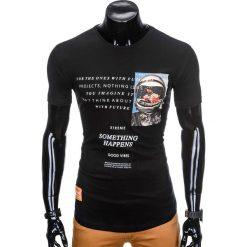T-SHIRT MĘSKI Z NADRUKIEM S929 - CZARNY. Czarne t-shirty męskie z nadrukiem marki Ombre Clothing, m, z bawełny, z kapturem. Za 29,00 zł.