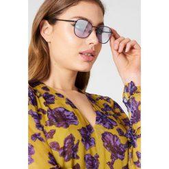 Le Specs Okulary przeciwsłoneczne Neptune - Black,Purple. Czarne okulary przeciwsłoneczne damskie aviatory Le Specs. W wyprzedaży za 91,19 zł.