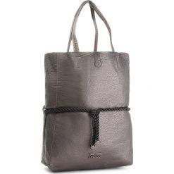 Torebka NOBO - NBAG-F1360-C025 Gun. Szare torebki klasyczne damskie marki Nobo, ze skóry ekologicznej, duże. W wyprzedaży za 159,00 zł.