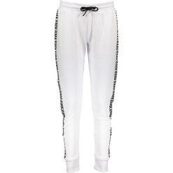 Spodnie dresowe męskie: Spodnie dresowe w kolorze białym