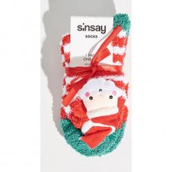 Skarpetki świąteczne - Czerwony. Czerwone skarpetki damskie Sinsay. Za 14,99 zł.