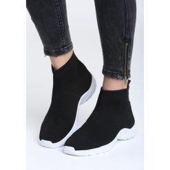 Czarne Sneakersy Hypnotised. Czarne sneakersy damskie marki Born2be, z materiału. Za 79,99 zł.