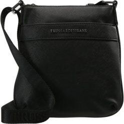 Torby na ramię męskie: Trussardi Jeans SAFFIANO CROSSBODY FLAP Torba na ramię black