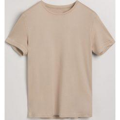 Gładki t-shirt - Beżowy. Białe t-shirty męskie marki Reserved, l, z dzianiny. Za 49,99 zł.