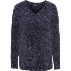 Sweter z szenili: must have bonprix ciemnoniebieski. Niebieskie swetry klasyczne damskie bonprix. Za 74,99 zł.