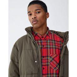 Koszula w szkocką kratę. Czerwone koszule męskie marki Pull&Bear, m. Za 89,90 zł.