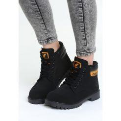 Czarne Traperki Will Glow. Czarne buty zimowe damskie Born2be, z tworzywa sztucznego, na obcasie. Za 79,99 zł.