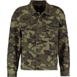Kurtki męskie bomber: Cayler & Sons TRUCKER  Kurtka jeansowa washed woodland