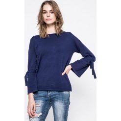 Answear - Sweter. Szare swetry klasyczne damskie marki ANSWEAR, l, z dzianiny, z okrągłym kołnierzem. W wyprzedaży za 59,90 zł.