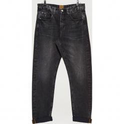 Jeansy COMFORT - Czarny. Czarne jeansy męskie regular Cropp. Za 119,99 zł.