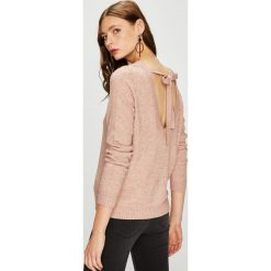 Vila - Sweter. Różowe swetry klasyczne damskie Vila, l, z poliesteru, z okrągłym kołnierzem. W wyprzedaży za 99,90 zł.