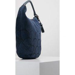FREDsBRUDER SPIRIT Torebka navy. Niebieskie torebki klasyczne damskie FREDsBRUDER. Za 749,00 zł.