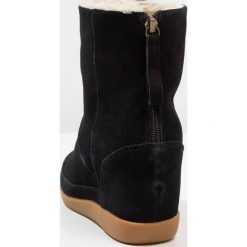 Botki damskie lity: Shoe The Bear EMMY Botki na koturnie black