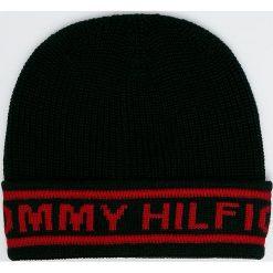 Tommy Hilfiger - Czapka. Czarne czapki zimowe męskie marki TOMMY HILFIGER, na zimę, z dzianiny. Za 179,90 zł.