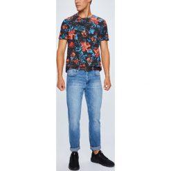 Medicine - Jeansy Basic. Niebieskie jeansy męskie regular MEDICINE. W wyprzedaży za 103,90 zł.