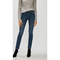 Vero Moda - Jeansy Naya. Niebieskie proste jeansy damskie marki Vero Moda, z bawełny. Za 169,90 zł.