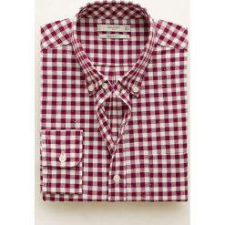 Mango Man - Koszula Vichot. Różowe koszule męskie na spinki Mango Man, l, w kratkę, z bawełny, button down, z długim rękawem. Za 139,90 zł.