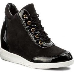 Sneakersy KAZAR - Erica 30426-25-00 Czarny. Białe sneakersy damskie marki Kazar, ze skóry, na wysokim obcasie, na szpilce. W wyprzedaży za 369,00 zł.
