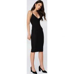 Sukienki hiszpanki: Rebecca Stella Sukienka ze sznurowaniem – Black