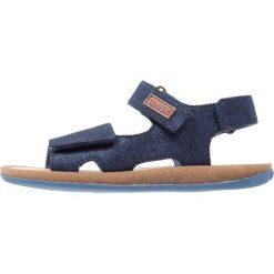 Camper BICHO  Sandały dark blue. Niebieskie sandały chłopięce Camper, z materiału, z otwartym noskiem. W wyprzedaży za 223,30 zł.