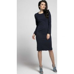 Sukienki: Granatowa Klasyczna Dopasowana Sukienka za Kolano