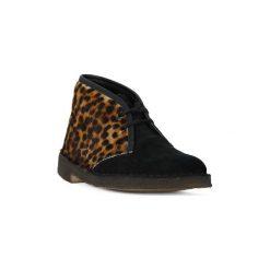 Kozaki i kalosze  Clarks  DESERTBOOT LEOPARD. Brązowe buty zimowe damskie Clarks. Za 557,10 zł.