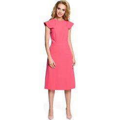 RACHELE Sukienka rozkloszowana z falbankami przy rękawach - różowa. Czerwone sukienki balowe Moe, na imprezę, s, z falbankami, mini, dopasowane. Za 129,00 zł.
