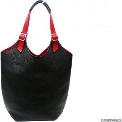 Skórzana torebka kolor: czarno- czerwony. Czarne torebki klasyczne damskie Pakamera, duże. Za 195,00 zł.