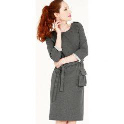Sukienka - 30-87134 GRSC. Szare sukienki hiszpanki Unisono, l, z aplikacjami, z bawełny, proste. Za 95,00 zł.