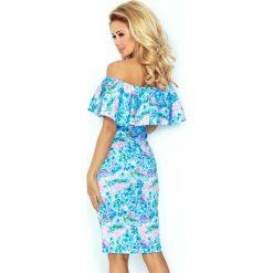 Giovanna Sukienka hiszpanka - NIEBIESKIE DROBNE KWIATY. Szare sukienki hiszpanki marki Molly.pl, l, w koronkowe wzory, z koronki, eleganckie, z dekoltem typu hiszpanka, z krótkim rękawem, midi, dopasowane. Za 189,99 zł.