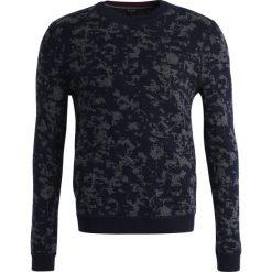 Swetry klasyczne męskie: Ted Baker Sweter navy
