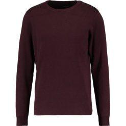 Swetry klasyczne męskie: BONOBO Jeans RAYSOULH Sweter fudge